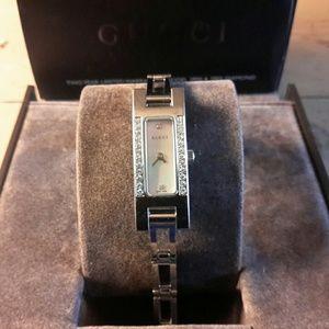 Gucci Accessories - Authentic Gucci diamonds watch